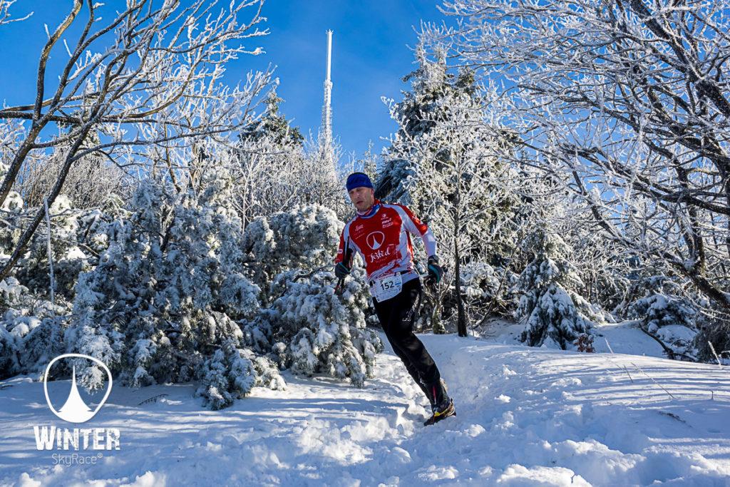 slunečné počasí fotografie winter skyrace ještěd