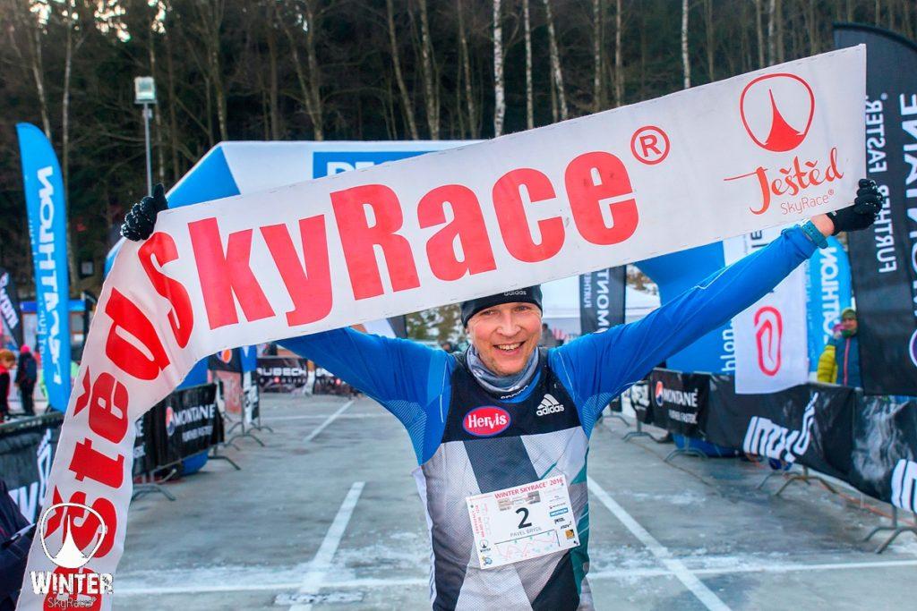 Pavel Brýdl vítěz winter skyrace 2016 na ještědu