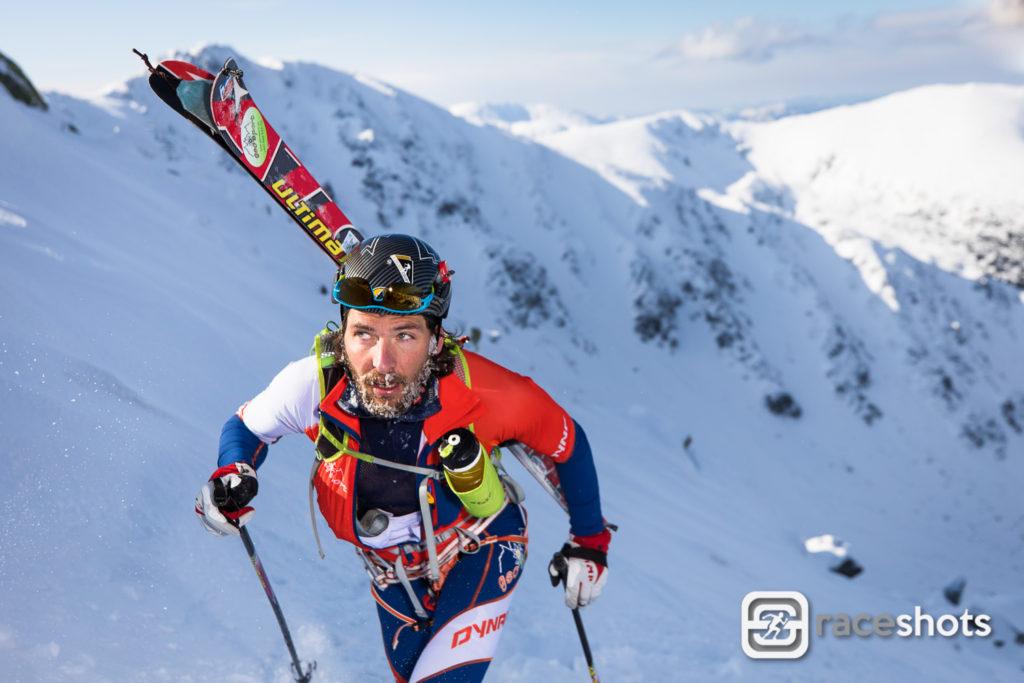 Náročný Skialpinistický závod Hore Dole Derešom v Nízkých Tatrách
